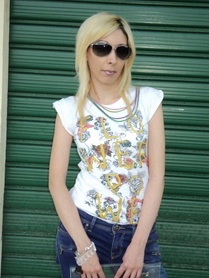 artees-t-shirt-socialice-by-tatitoto-10