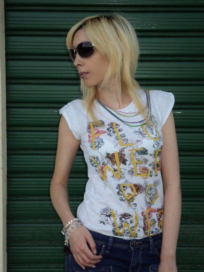 artees-t-shirt-socialice-by-tatitoto-9