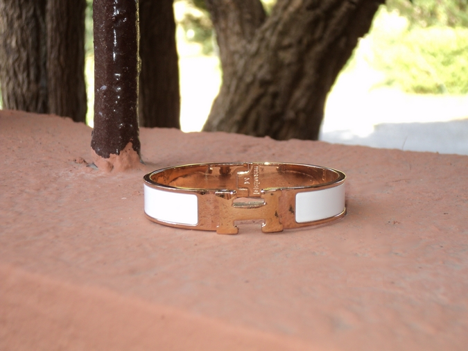 bangle-h-hermes-white-bellast