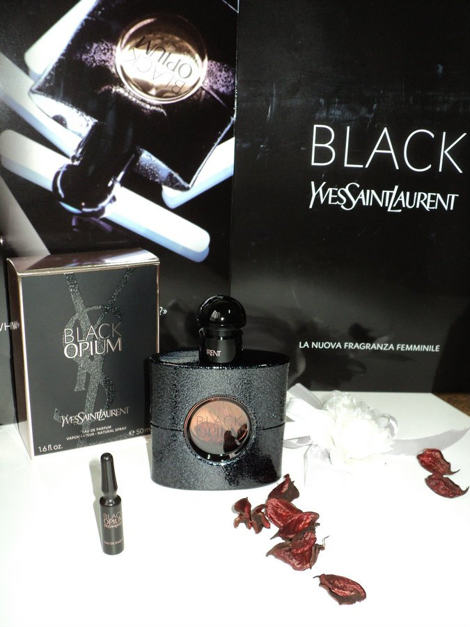 black-opium-yves-saint-laurent-10