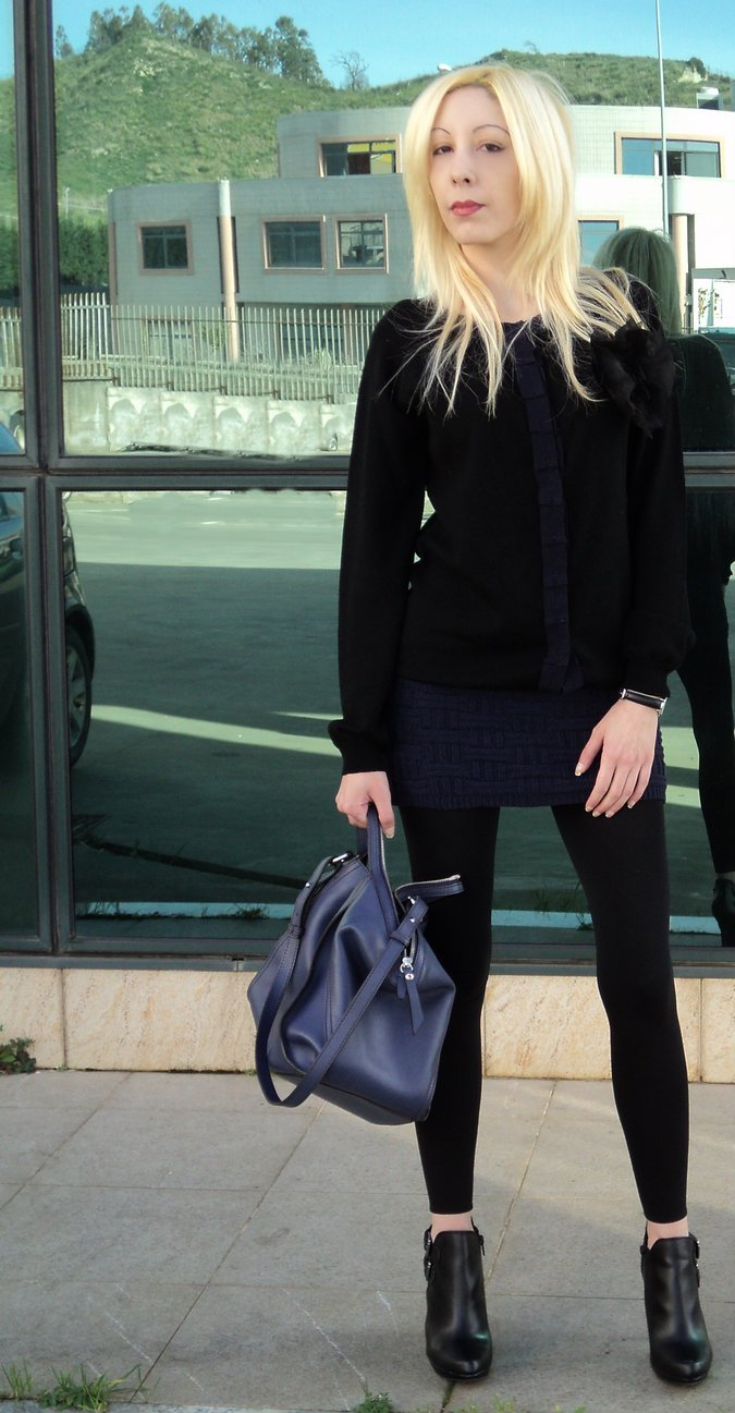 blue-black-outfit