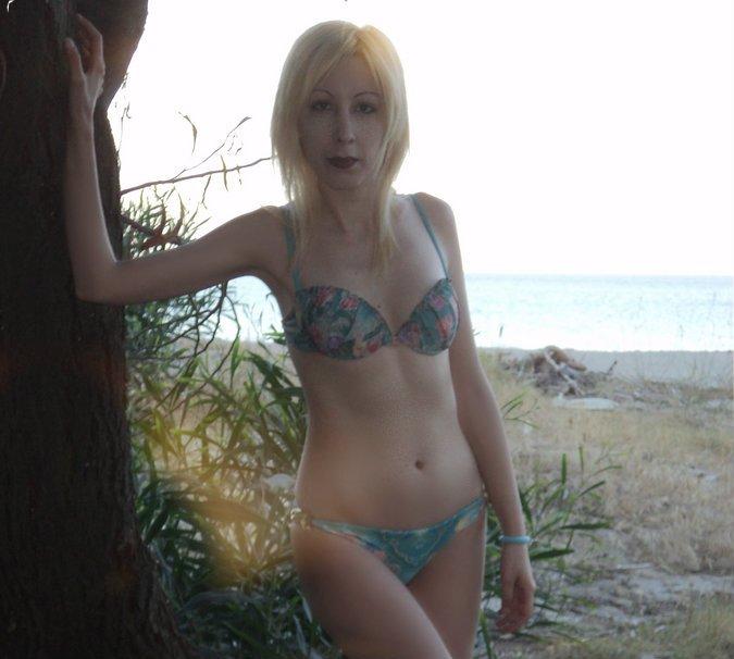 blue-glue-bikini-5
