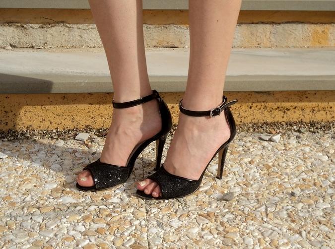 calzature-vigevano-sandali-neri-brillantini