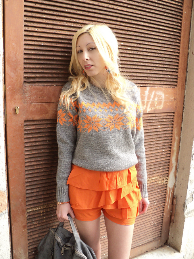 celosia-orange-pantone-10
