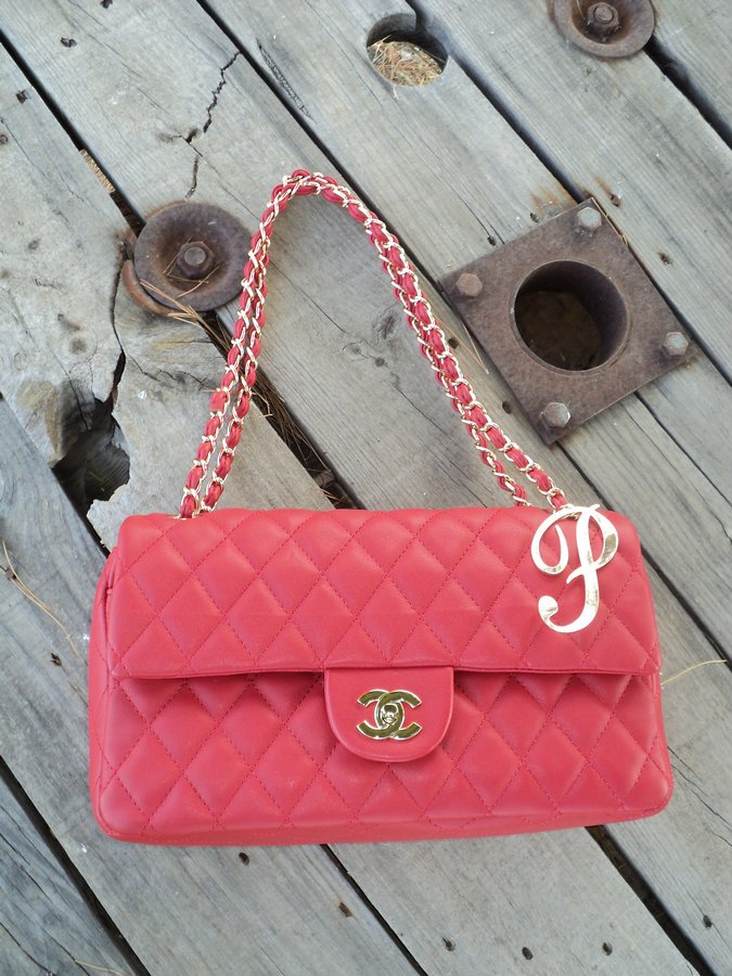 chanel-255-red