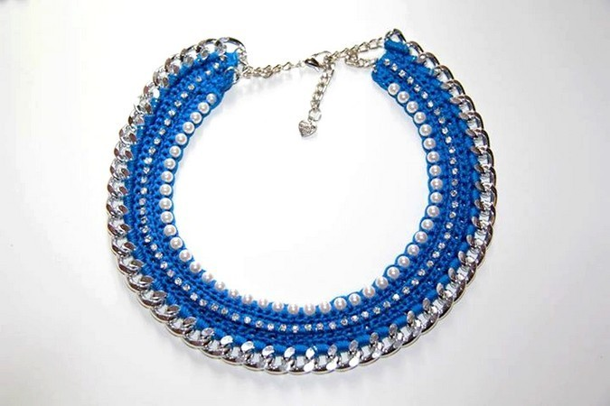 cherry-bijoux-collana-perle-strass-blu-elettrico