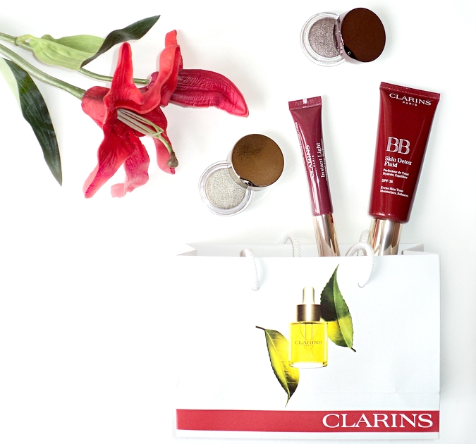 clarins-bb-skin-detox-fluid