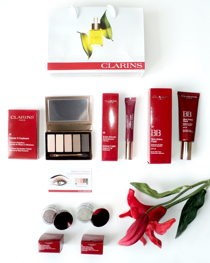 clarins-instant-glowing-makeup