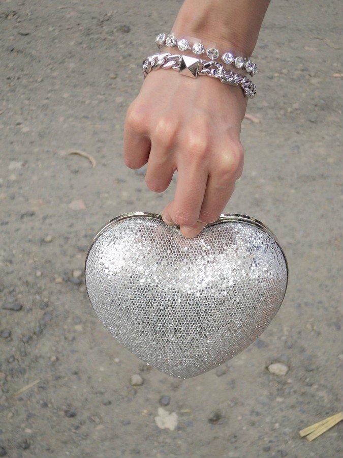 clutch-heart-pochette