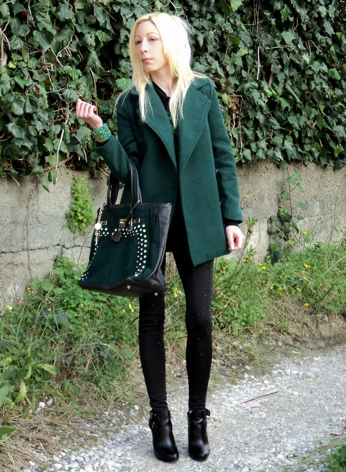 emerald-green-oversize-coat