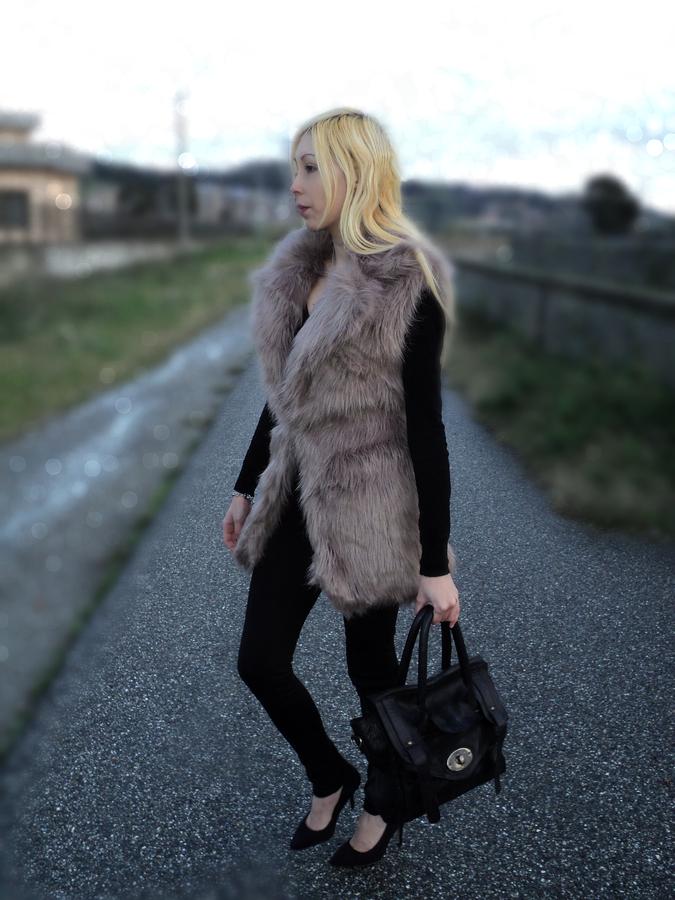 fur-gilet-fluffy-4
