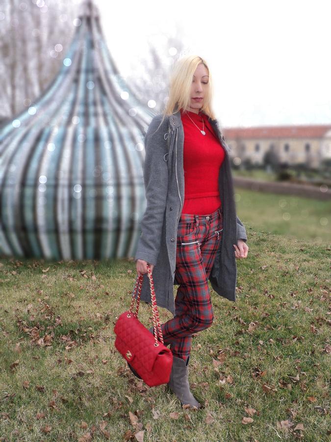 grey-tartan-red14