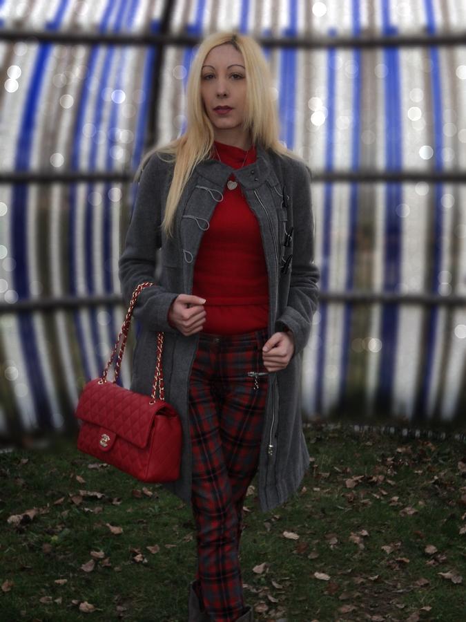 grey-tartan-red6