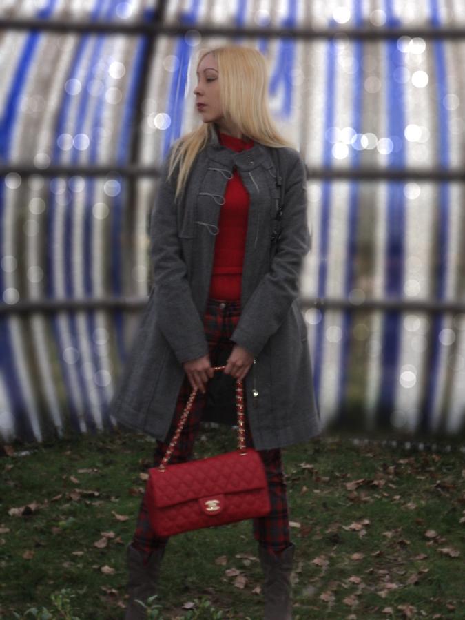 grey-tartan-red7