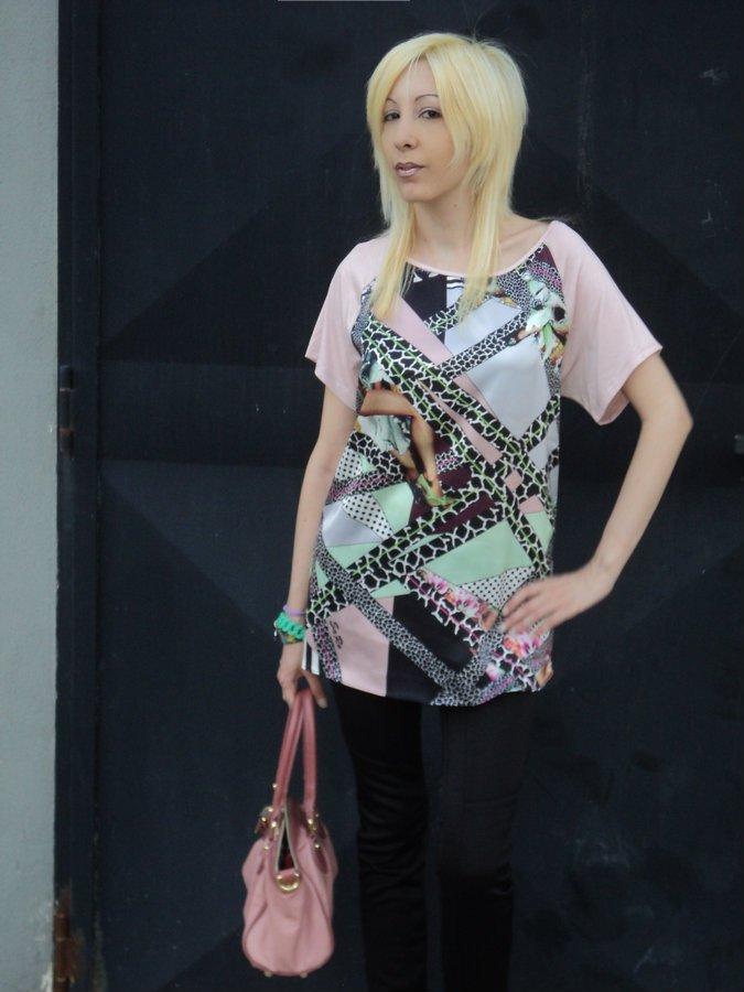 handmade-by-saro-victoria-t-shirt