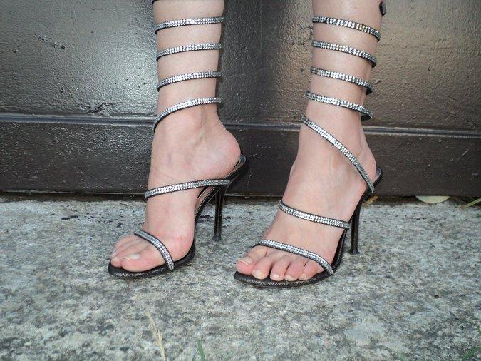 loriblu-snake-sandals