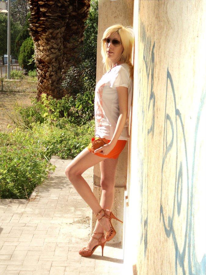 orange-looks