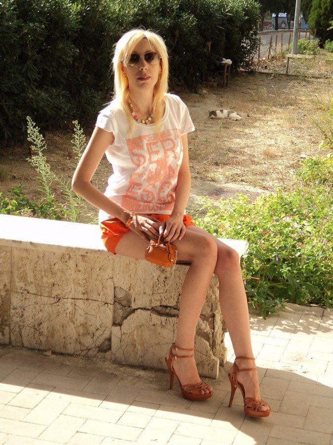 orange-tangerine-color-look
