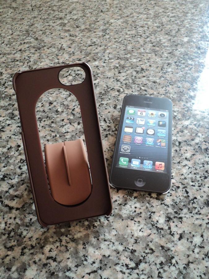 ozaki-cover-iphone