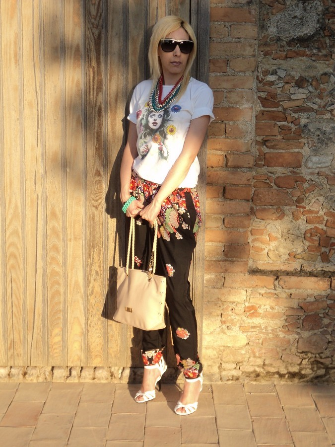 pantalone-floreale-she-abbigliamento