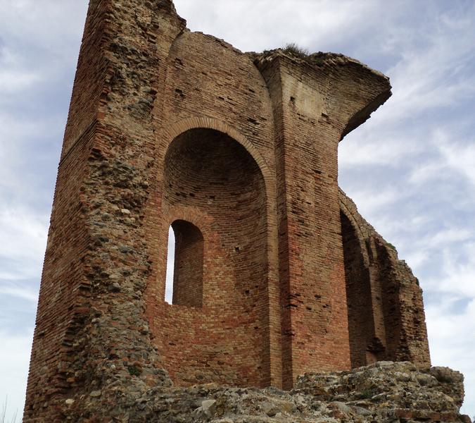 parco-archeologico-scolacium-calabria