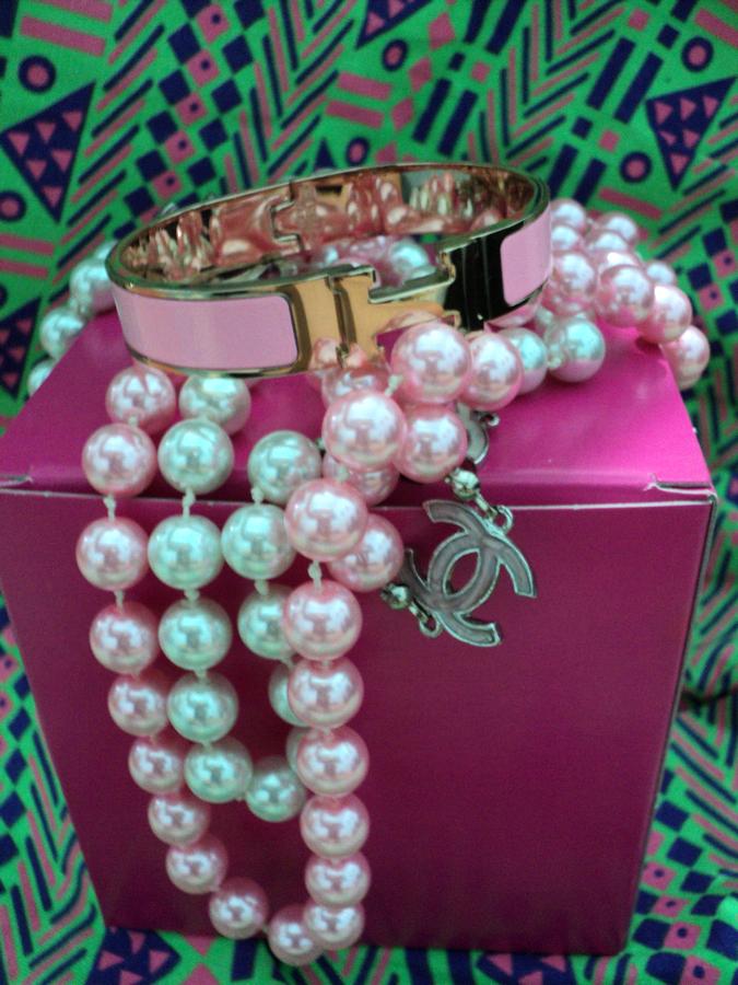 purple-aztec-chanel-necklace-2