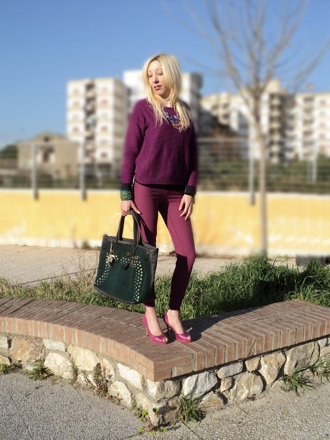 radiant-orchid-emerald-green-winter-look