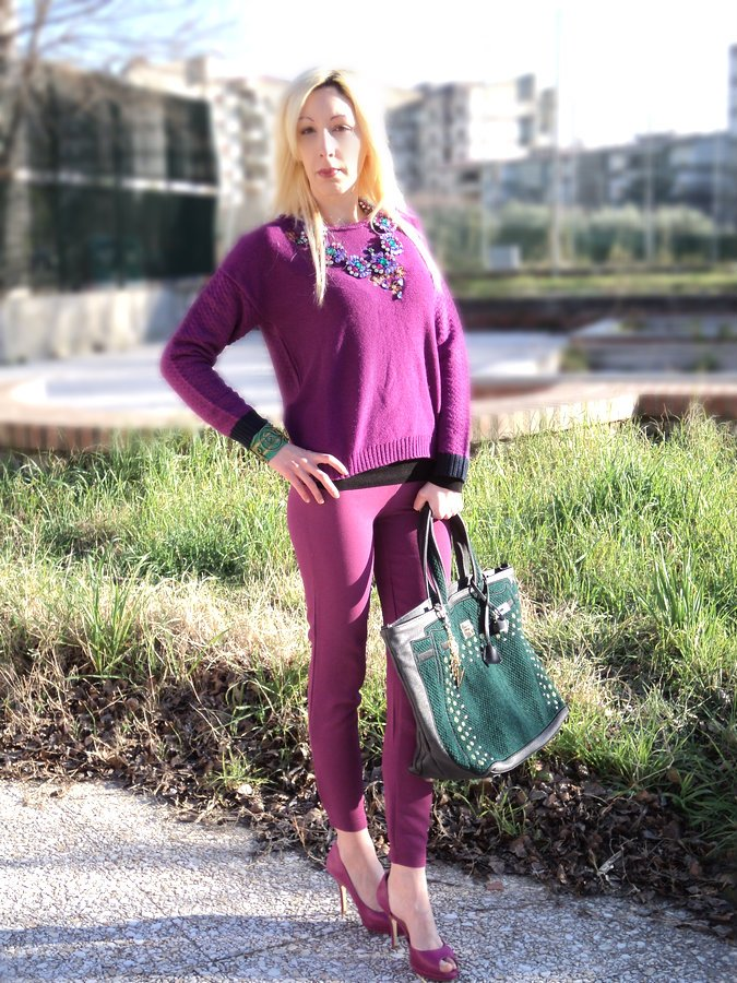 radiant-orchid-emerald-green-winter-outfit
