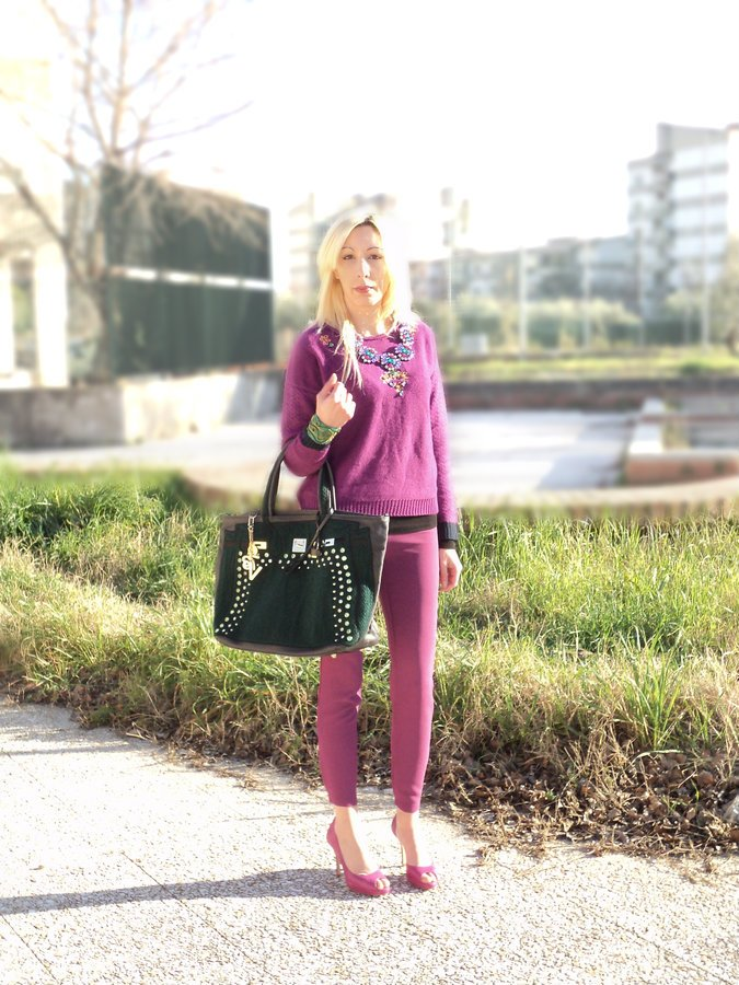 radiant-orchid-winter-look