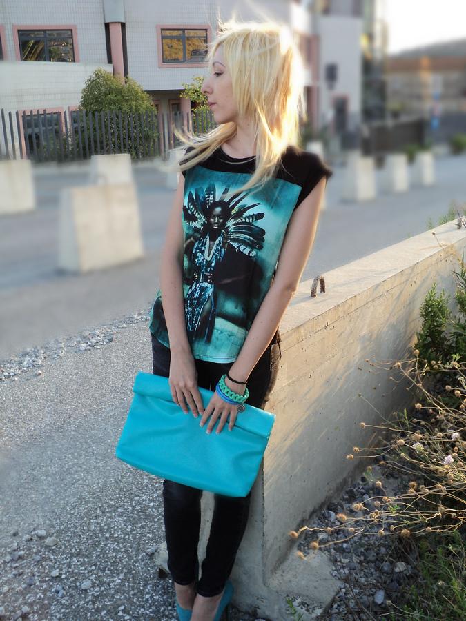 sa.ro-t-shirt-11