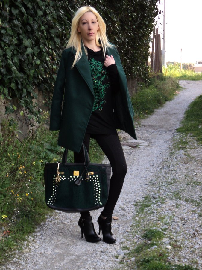 st-patrick-day-emerald-green-outfit