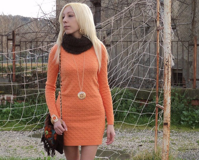 tangerine-color-outfit