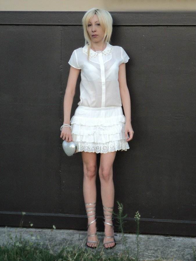 total-white-look-2