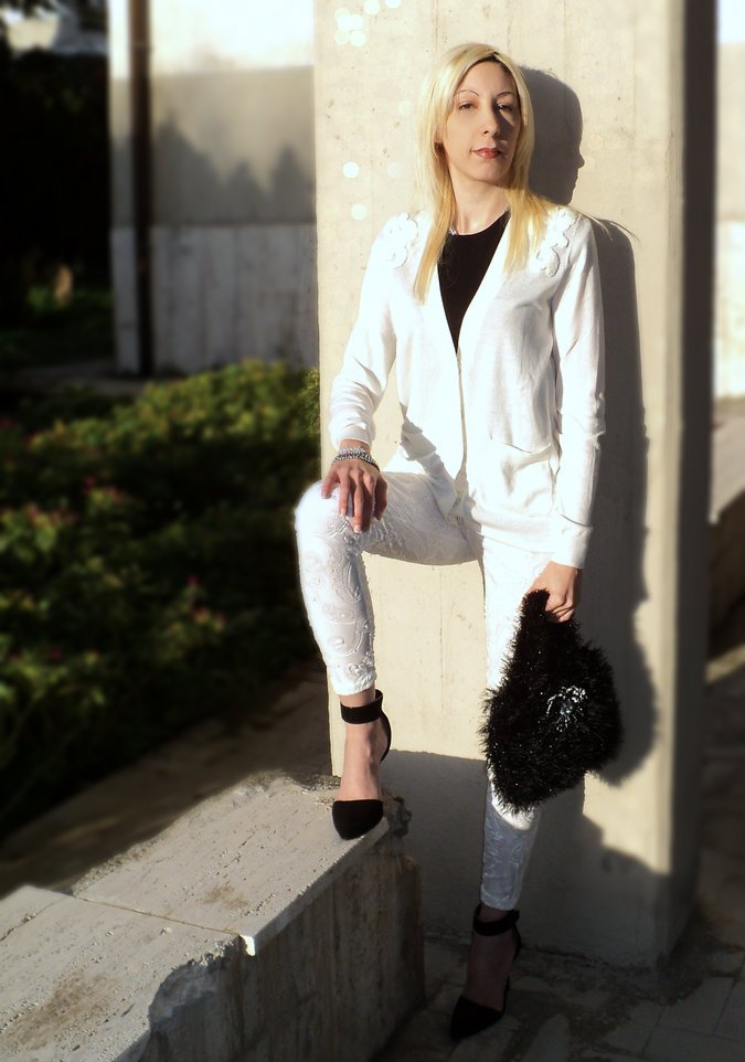 white-black-outfit