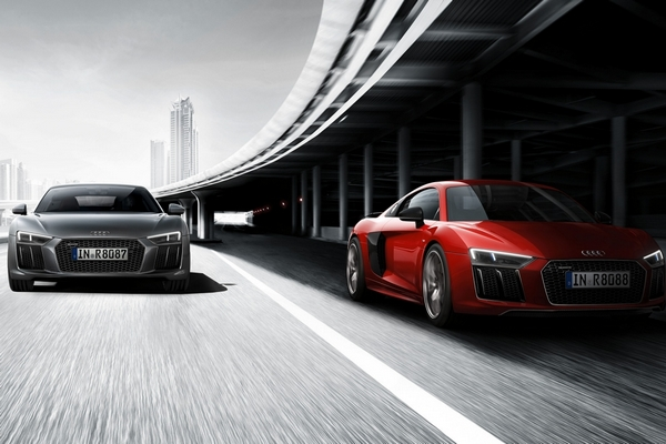 Audi R8 Vs Bmw I8 Vs Mercedes Amg Gt